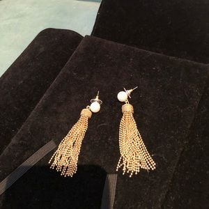Newman Marcus pearl earrings. Very dangly